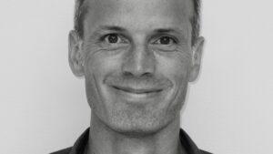 Michael Krogh Jensen om fremtiden med syntetisk biologi: Silke gror i petriskåle – og essentiel medicin brygger vi som øl